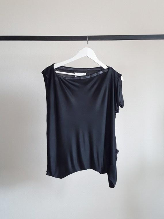 Maison Martin Margiela black sideways t-shirt as a strapless top — spring 2005