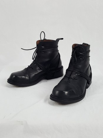 Dirk Bikkembergs black lace-up boots with laces through the soles (43) — early 90's