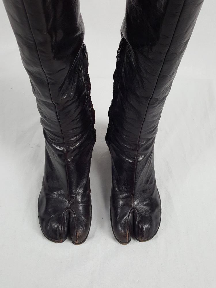 vaniitas vintage Maison Martin Margiela brown tall tabi boots with round heel runway fall 2003 215634