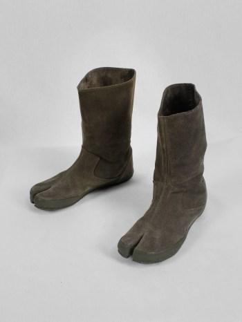 Maison Martin Margiela 6 grey tall tabi boots (36) — spring 2003