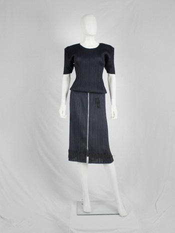 Issey Miyake Pleats Please dark blue skirt with 3D bats at the hem