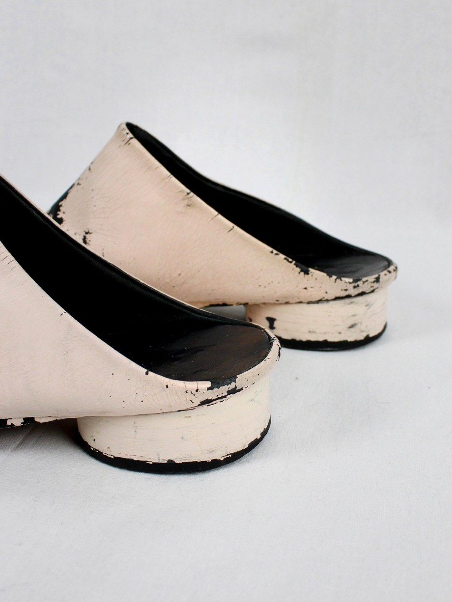 Maison Martin Margiela black tabi slippers painted in light pink — spring 2002