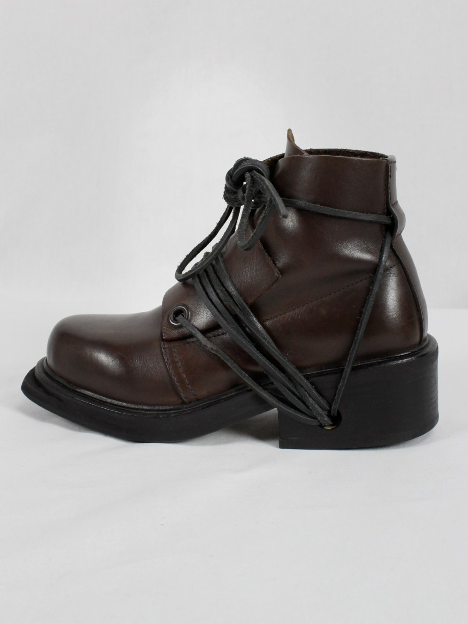 Dirk Bikkembergs brown mountaineering boots with laces through the soles (36) — late 90's