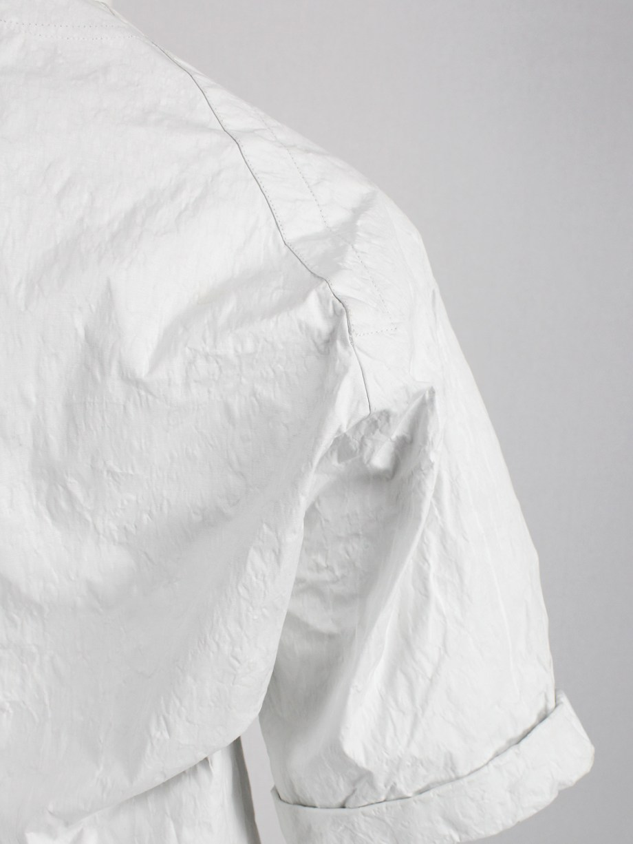 A.F. Vandevorst white structured top made of 'wrinkled paper' — spring 2016