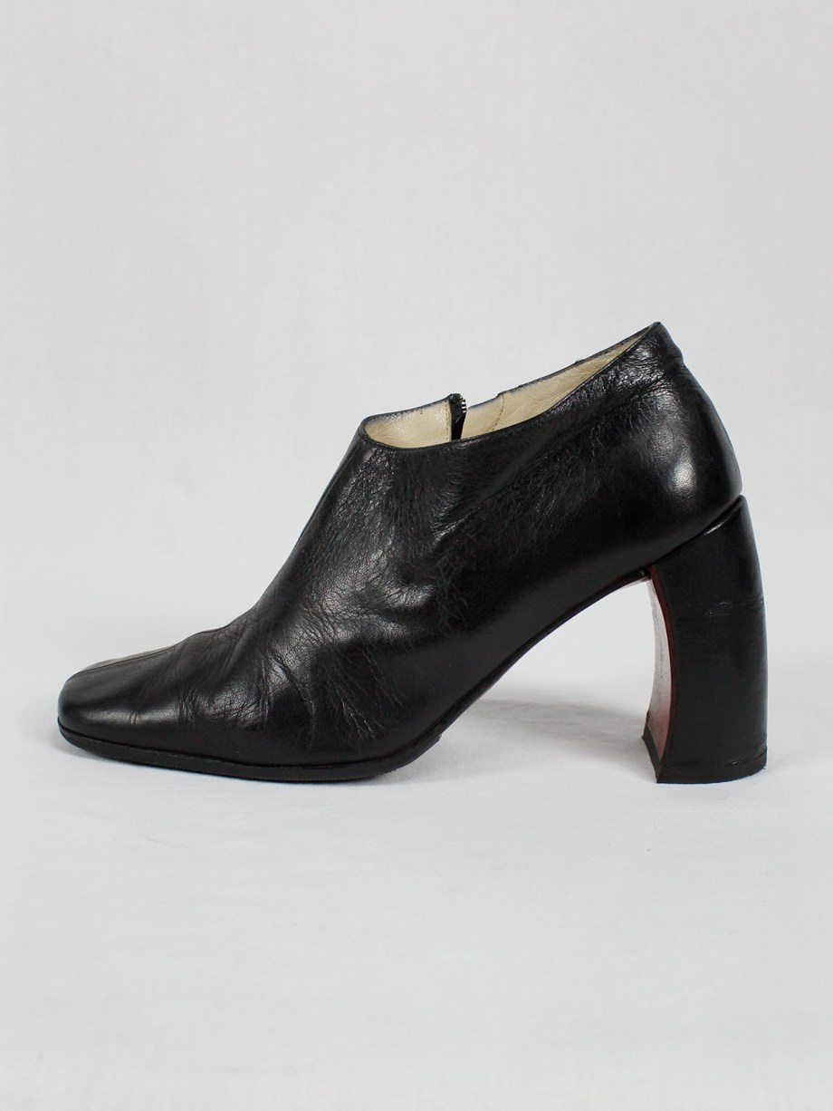 Ann Demeulemeester black below-ankle boots with banana heel 1990s 90s (2)