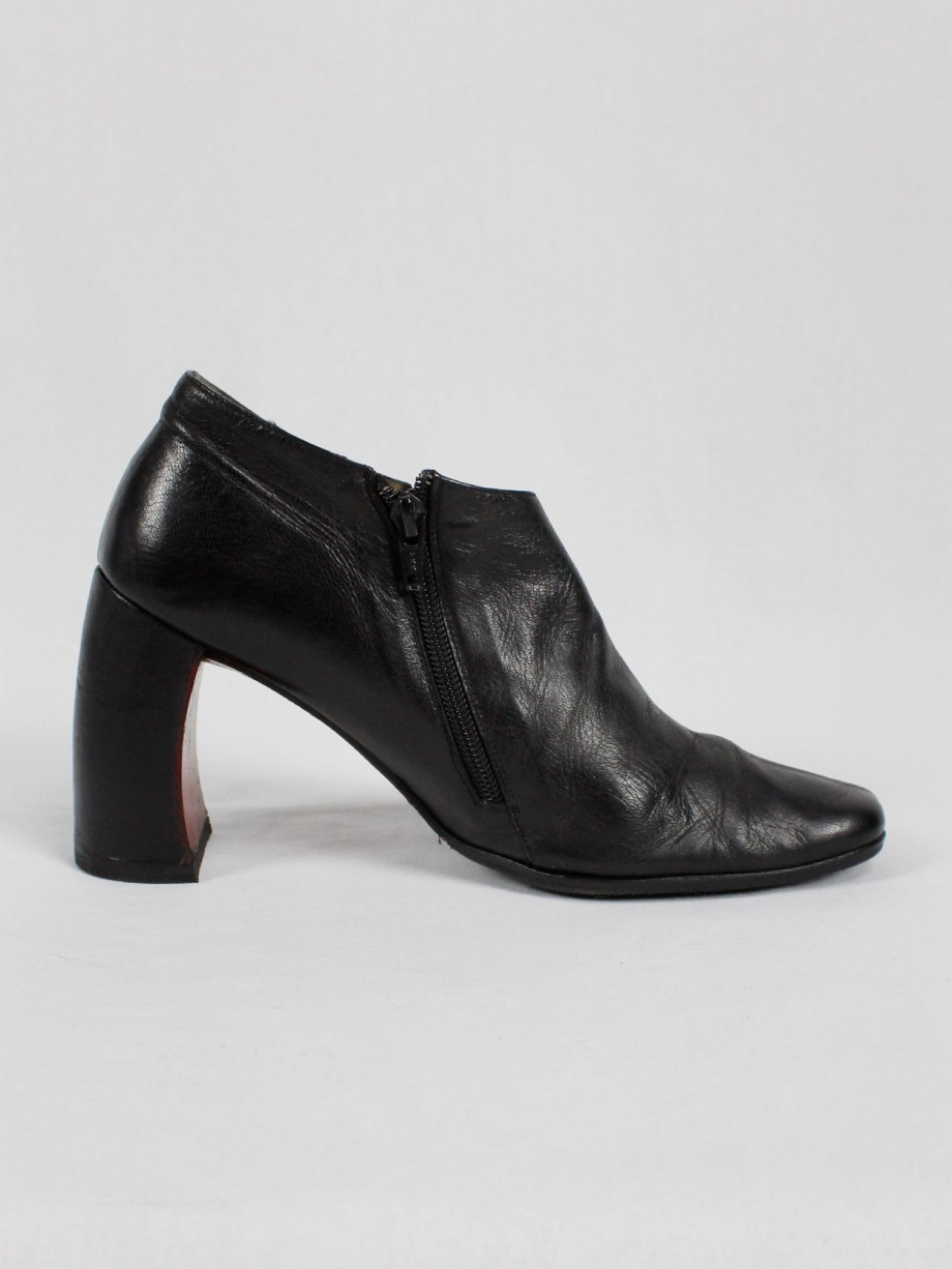 Ann Demeulemeester black below-ankle boots with banana heel 1990s 90s (6)
