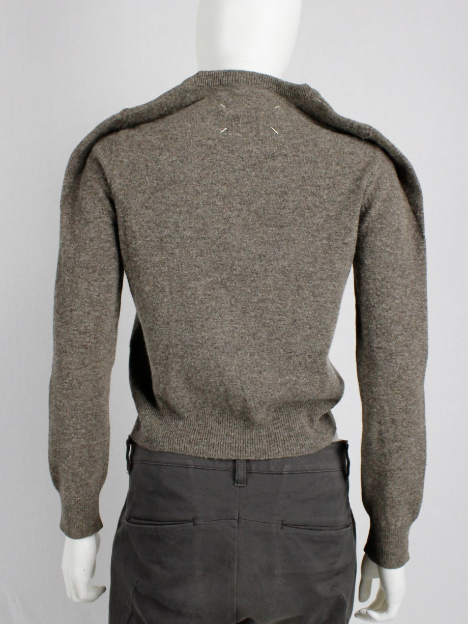 archive Margiela brown jumper with round shoulder tuck fall 1997 (9)