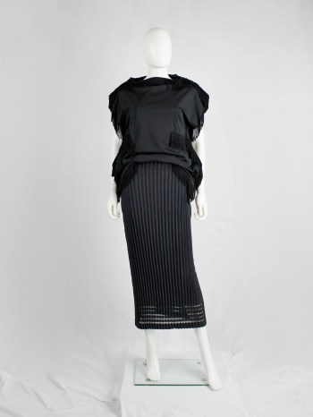 Issey Miyake black skirt with accordeon pleats and knitted lace lines at the hem