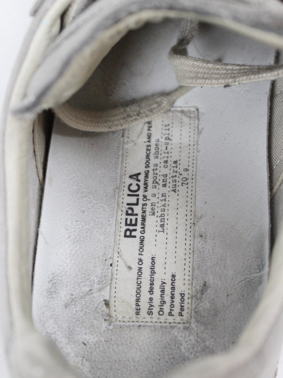Maison Martin Margiela replica beige sneakers with paint splatters (40)