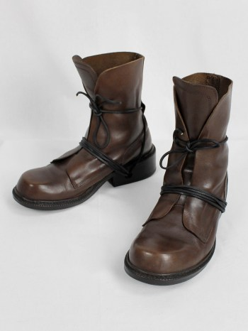 Dirk Bikkembergs brown tall boots with laces through the soles (42) — late 90's