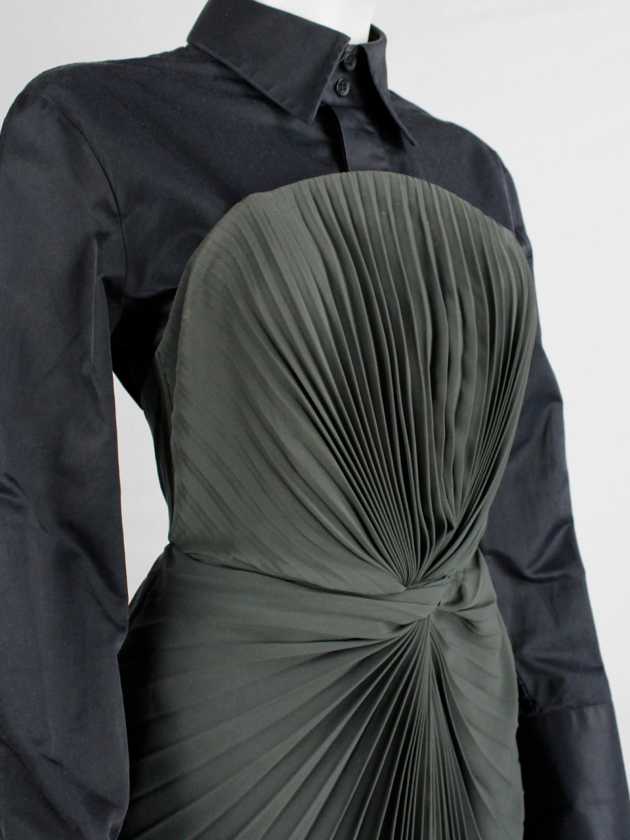A.F. Vandevorst forest green dress with twisted accordeon pleats — fall 2011