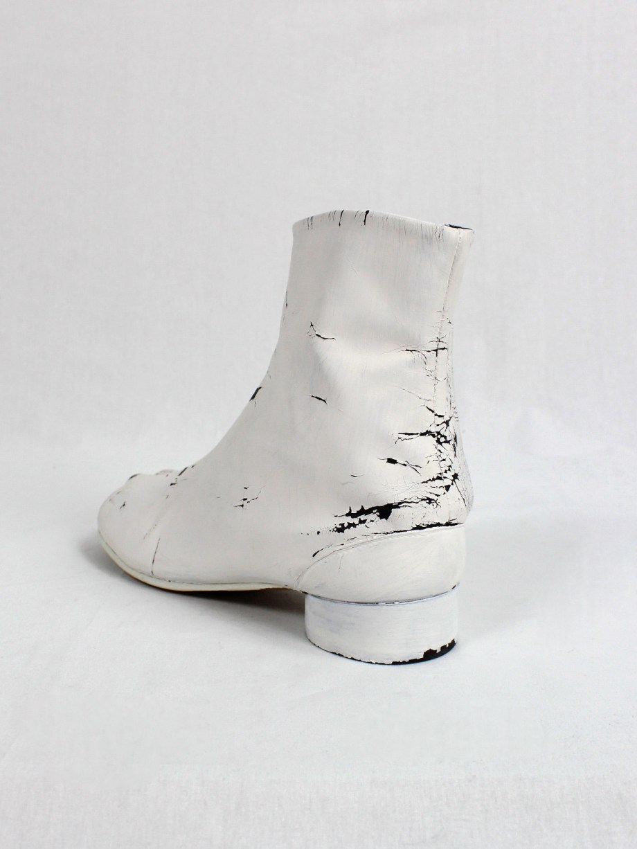 Maison Martin Margiela white painted tabi boots with low heel (39) — fall 1998