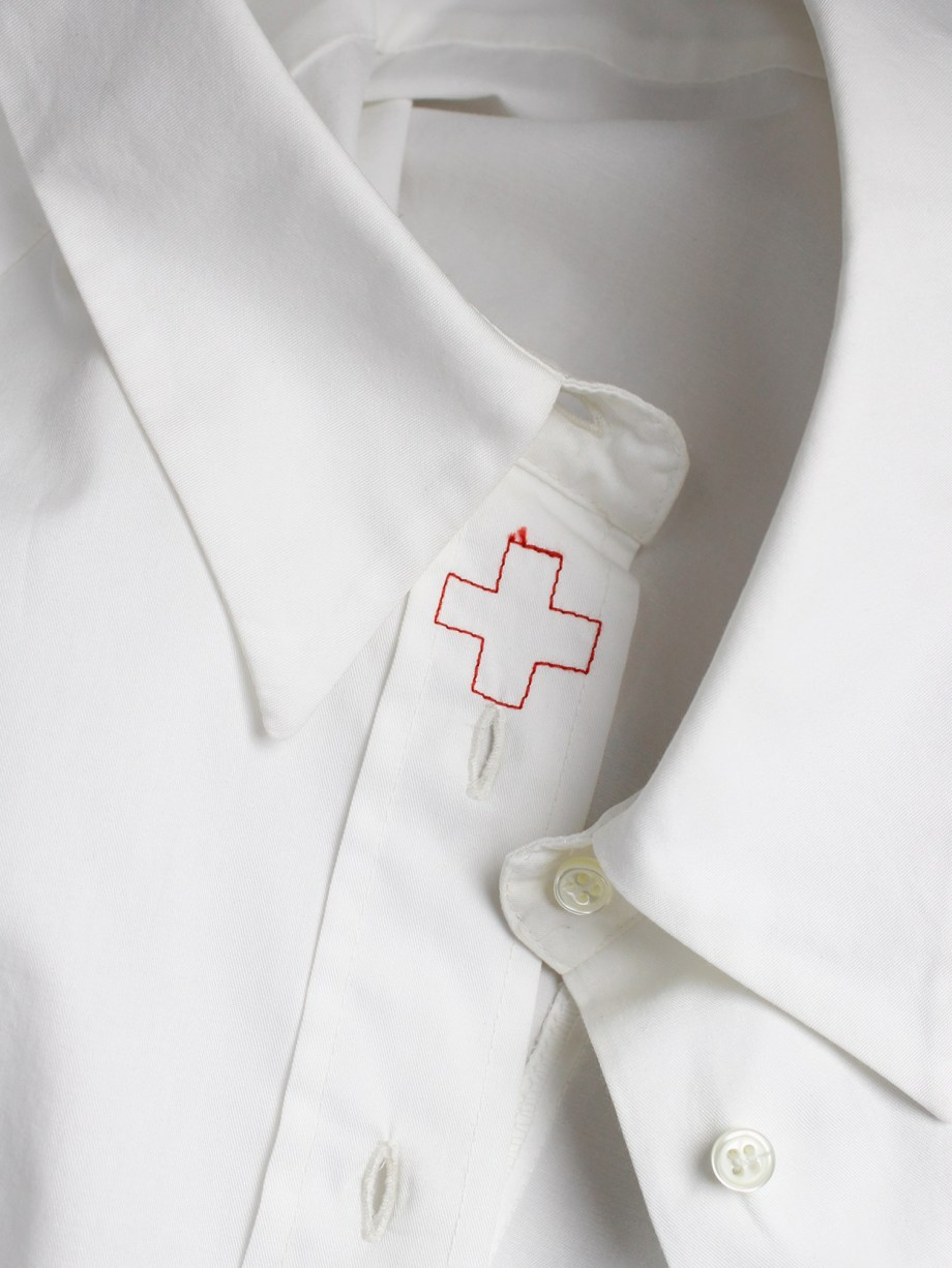 A.F. Vandevorst white backwards shirt with buttons at pocket at the back — fall 2002