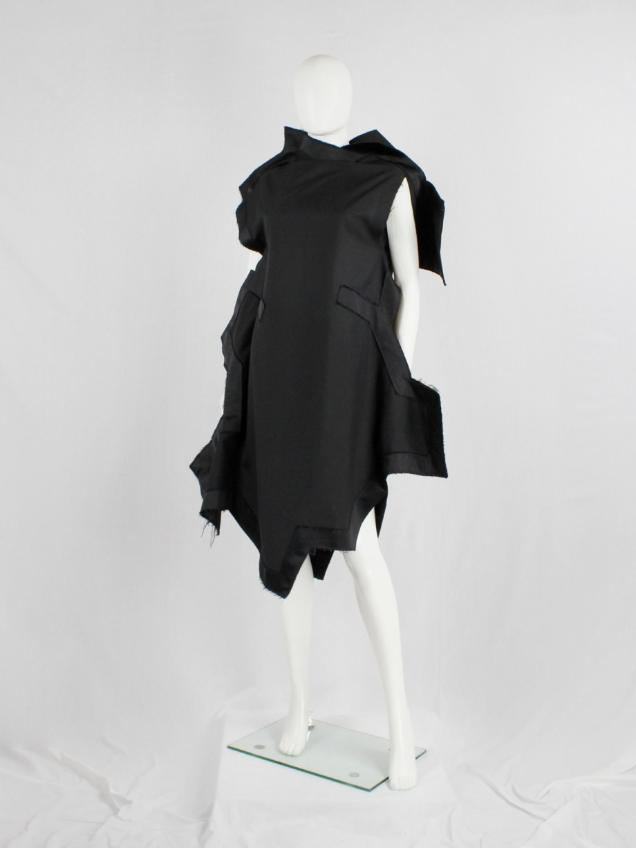 Comme des Garçons black geometric two-dimensional paperdoll dress fall 2012 (17)