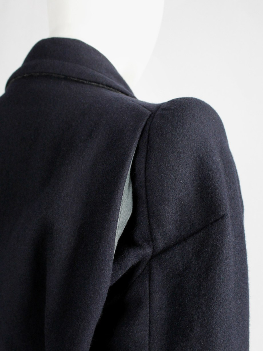 vintage Maison Martin Margiela navy oversized caban with cigarette shoulders fall 1990 (21)
