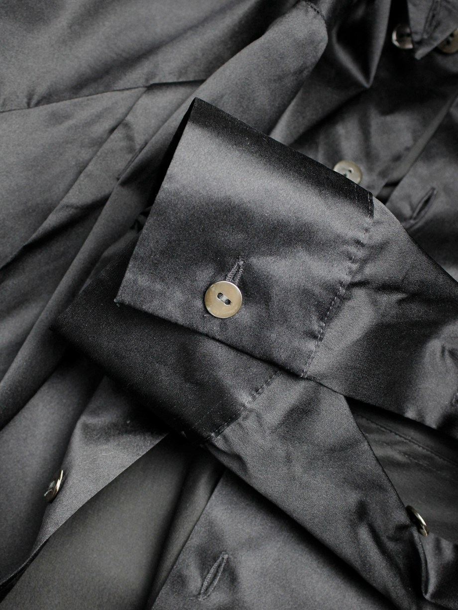 Lieve Van Gorp black shirt with buttons along the back of the sleeves — fall 1998
