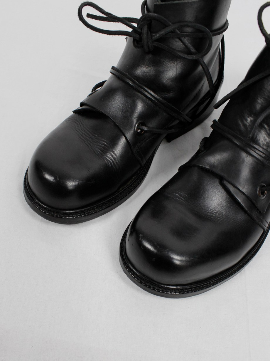 Dirk Bikkembergs black boots with flap and laces through the soles fall 1994 (19)