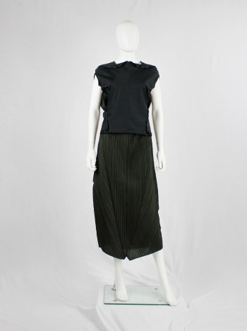 Issey Miyake Pleats Please green curved skirt with triangular panels