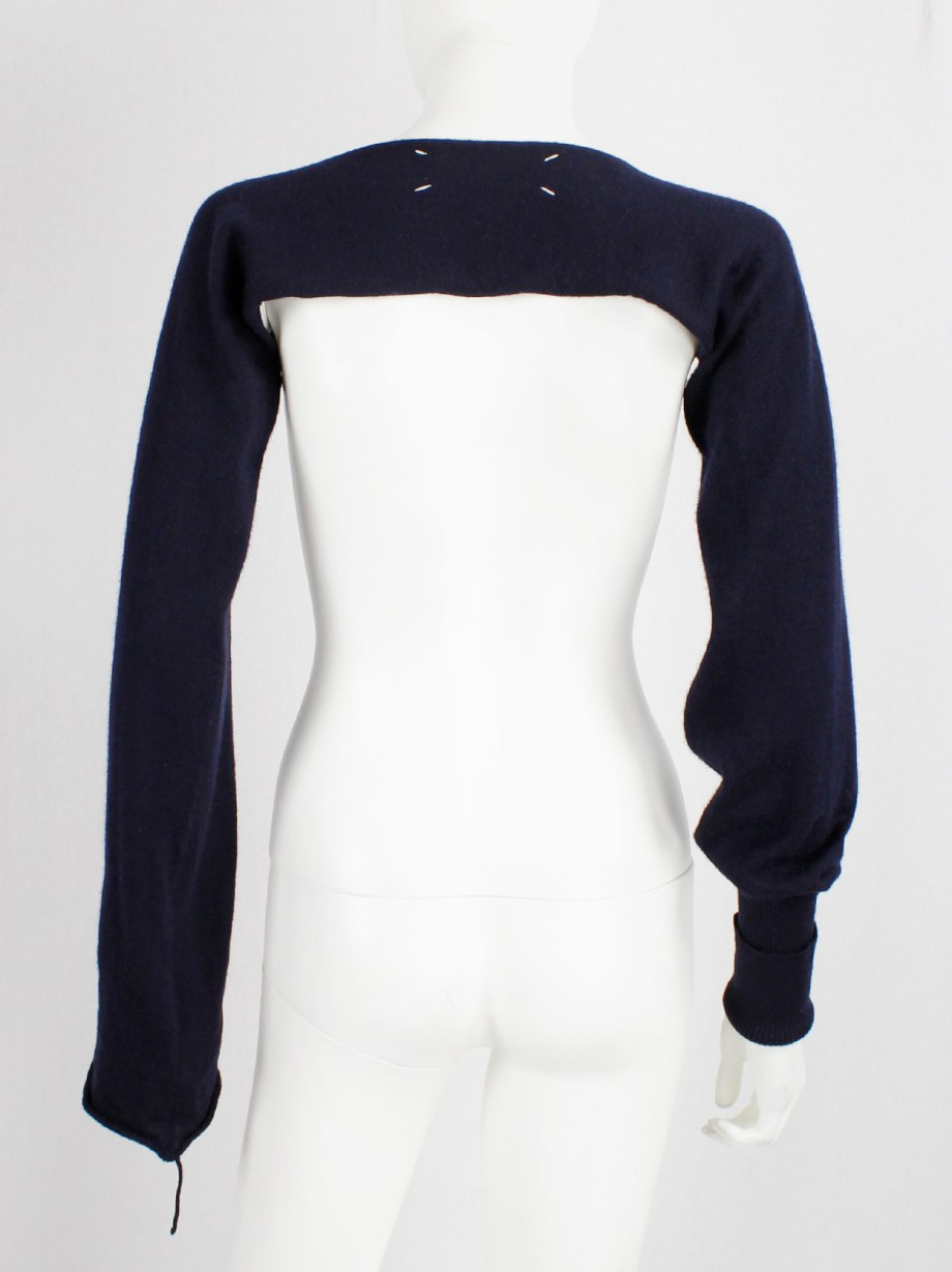 Maison Martin Margiela blue bolero with cuffed sleeve and sleeve with loose thread fall 2004 (7)