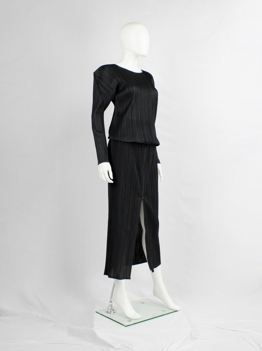 Issey Miyake Pleats Please black maxi skirt with front zipper — early 2000's