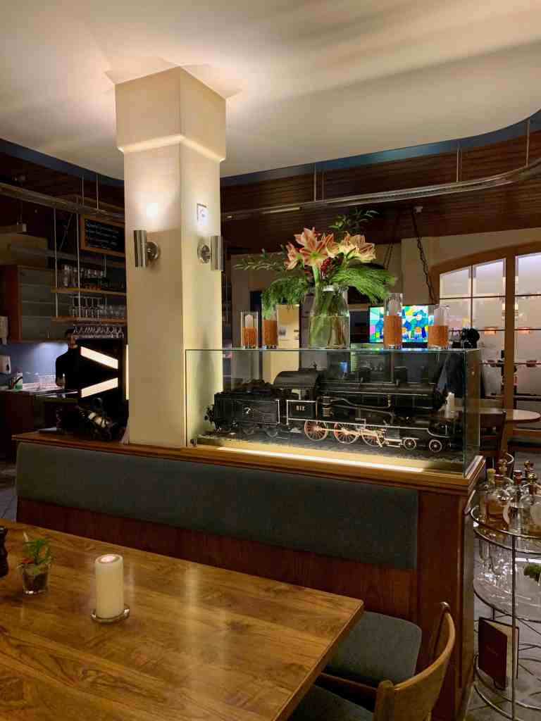 interior of restaurant bundesbahn