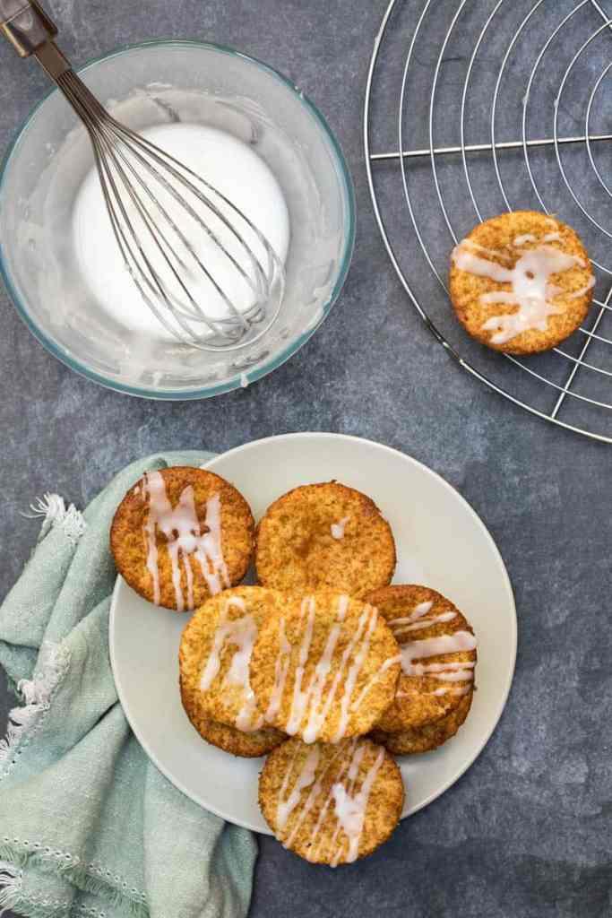 https://www.kingarthurflour.com/blog/2017/03/20/baking-with-almond-flour