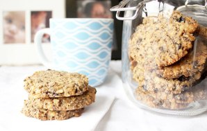 Brain Food! Yummy Walnut Maple Cookies