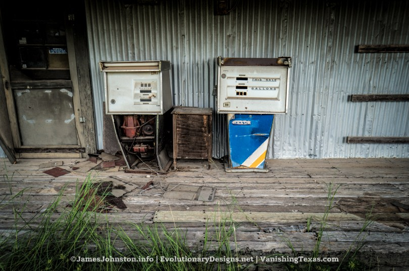Old Texaco Jobbers Plant in Bowie, Texas - Old Gas Pumps