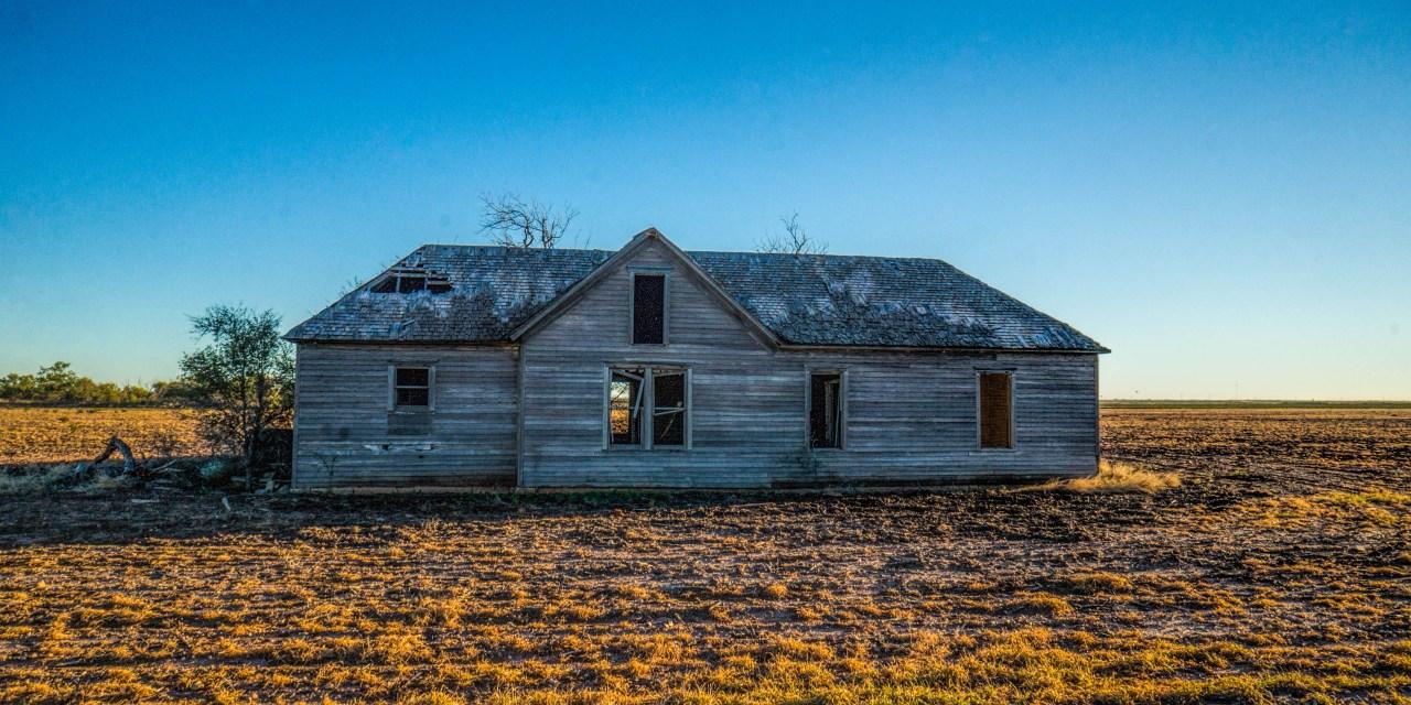 Abandoned Farm House Near Anson, Texas