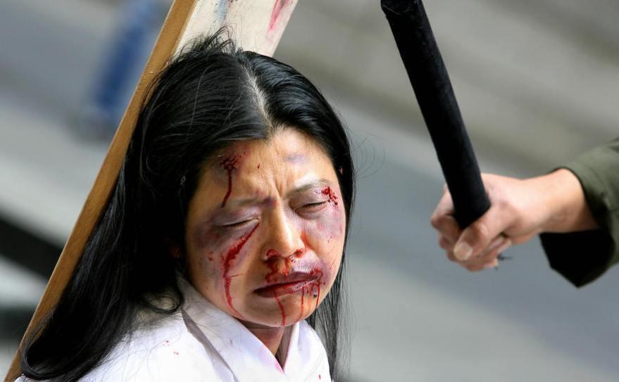 Brutal represion contra los pacificos miembros de Falung Dong