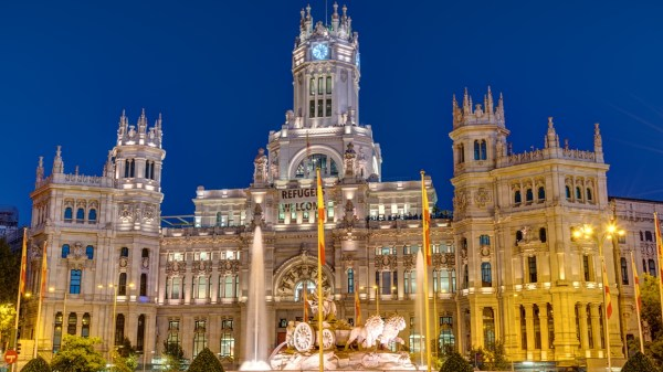 plaza-de-cibeles-in-madrid