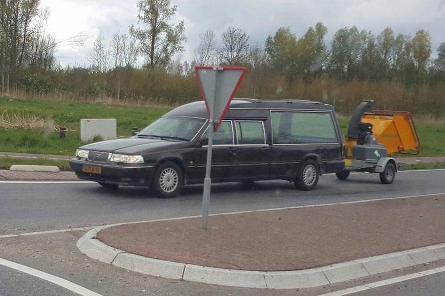 Begrafenis shredder