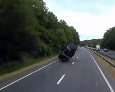 trailer caravan aanhangwagen slingeren
