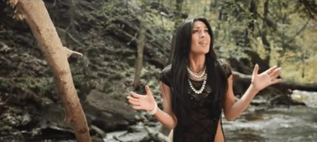 Video: Ashley Martinez (@AshleyMMusic) - Dead Roses