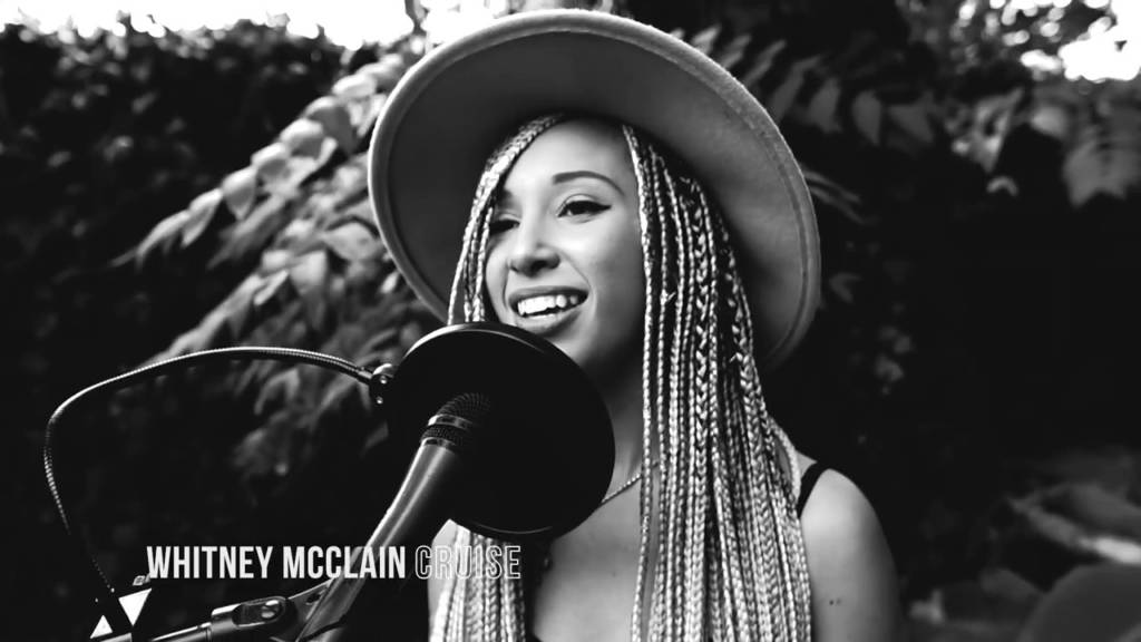Whitney McClain Performs The Acoustic Version Of Her Hit 'Cruise' w/Front Yard Sessions
