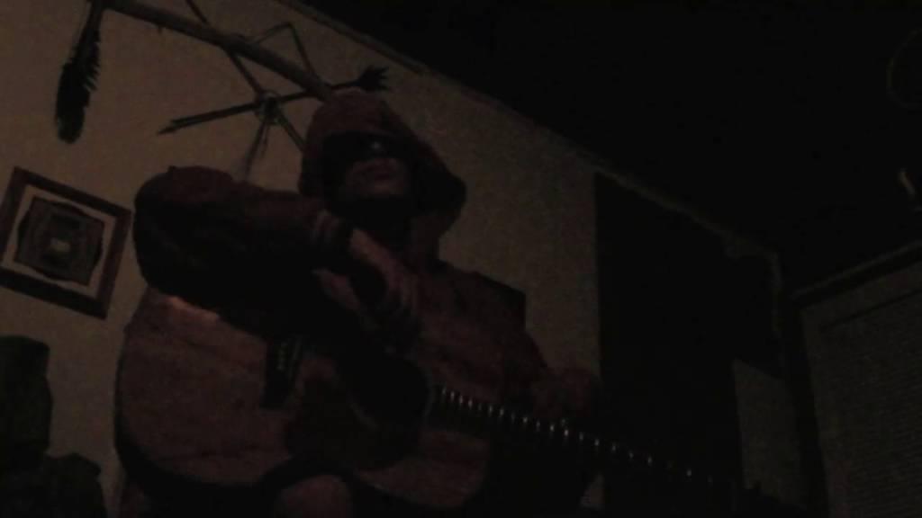 Elliott Niezel Drops Audio & Video For His Single 'Rolling Stone'