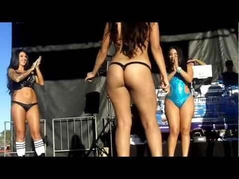 @LowriderMag Las Vegas Bikini Contest 2012 [via @OD702]