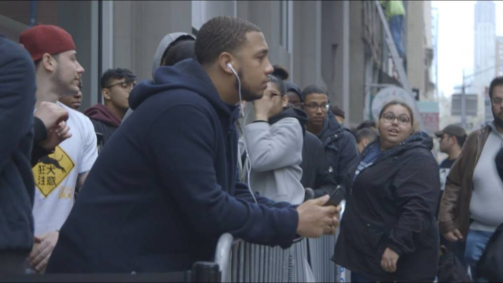 Fans Line Up For J. Cole's 'KOD' Listening Event In NYC (@JColeNC)