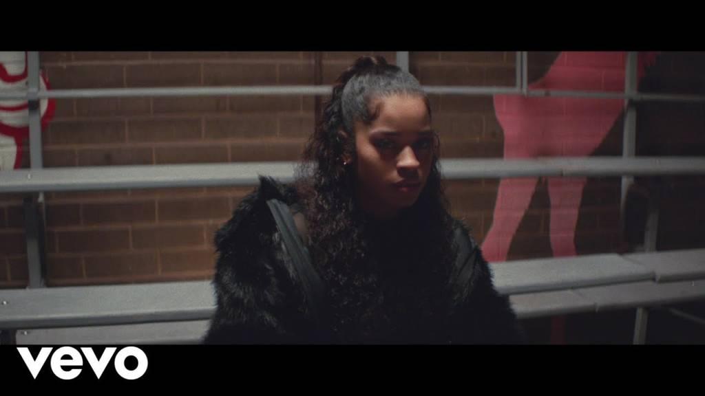 Video: Ella Mai - Shot Clock