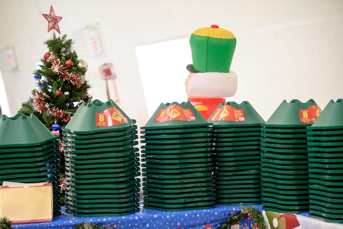 Van Noy Christmas Tree Giveaway 2017