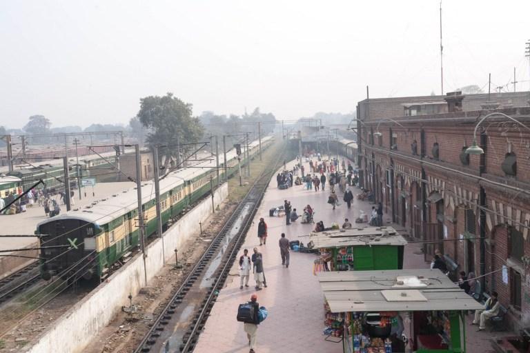Nádraží v Lahore