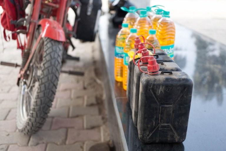 Benzínová příprava na Nepál