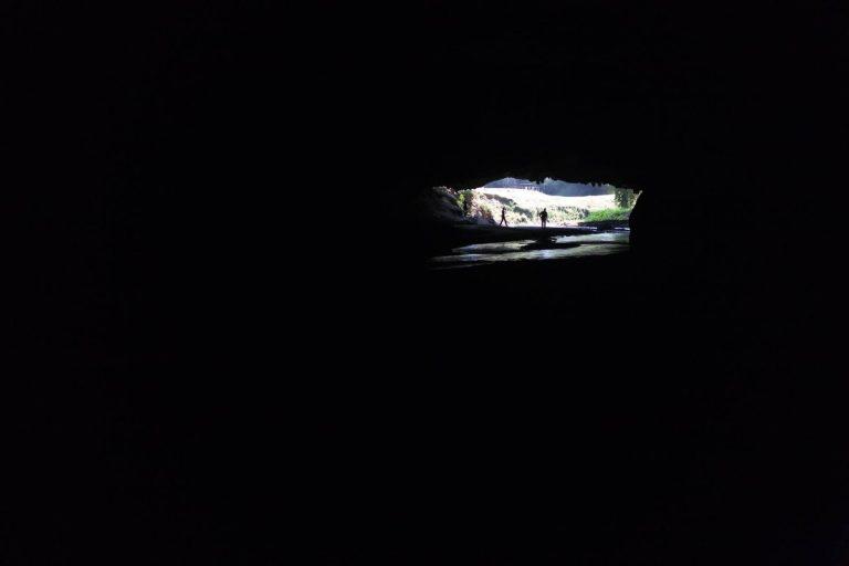 Jeskyně po cestě do Mae Sariang