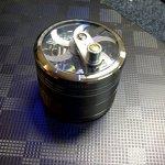 Mill-Aluminium-Diamond-Teeth-Grinder-Herb-Grinder-4-Part-0-3