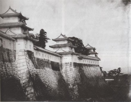 Osaka_Castle_rampart_in_1865