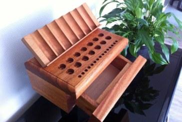 Les supports de mod en bois » papy vapote » par Alain Cappelle