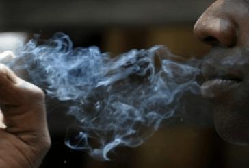 卡梅隆:2700人因吸烟而每年死亡。