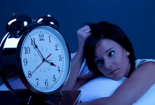 SENSIBILE: smettere di fumare causa disturbi del sonno?