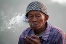 Ινδονησία: Απαγόρευση της διαφήμισης τσιγάρων online!