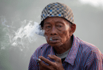 INDONESIA: A ban on advertising for cigarettes online!